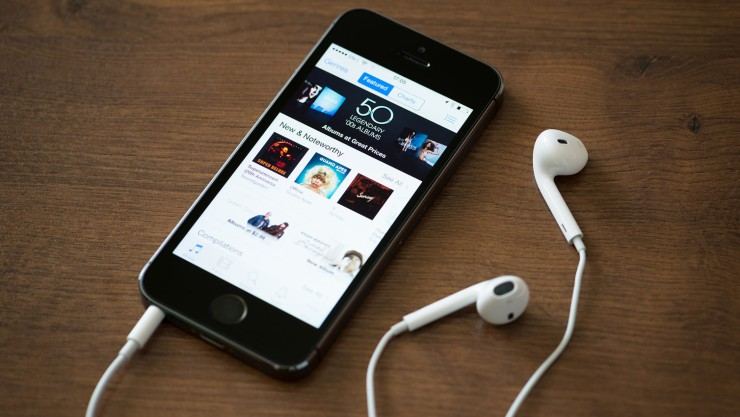 How to Add Podcasts Subscriptions to Apple Applications